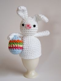 DSC_0178 easter bunny egg cosy front 1c