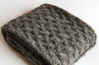 Basketweave knitted scarf 3