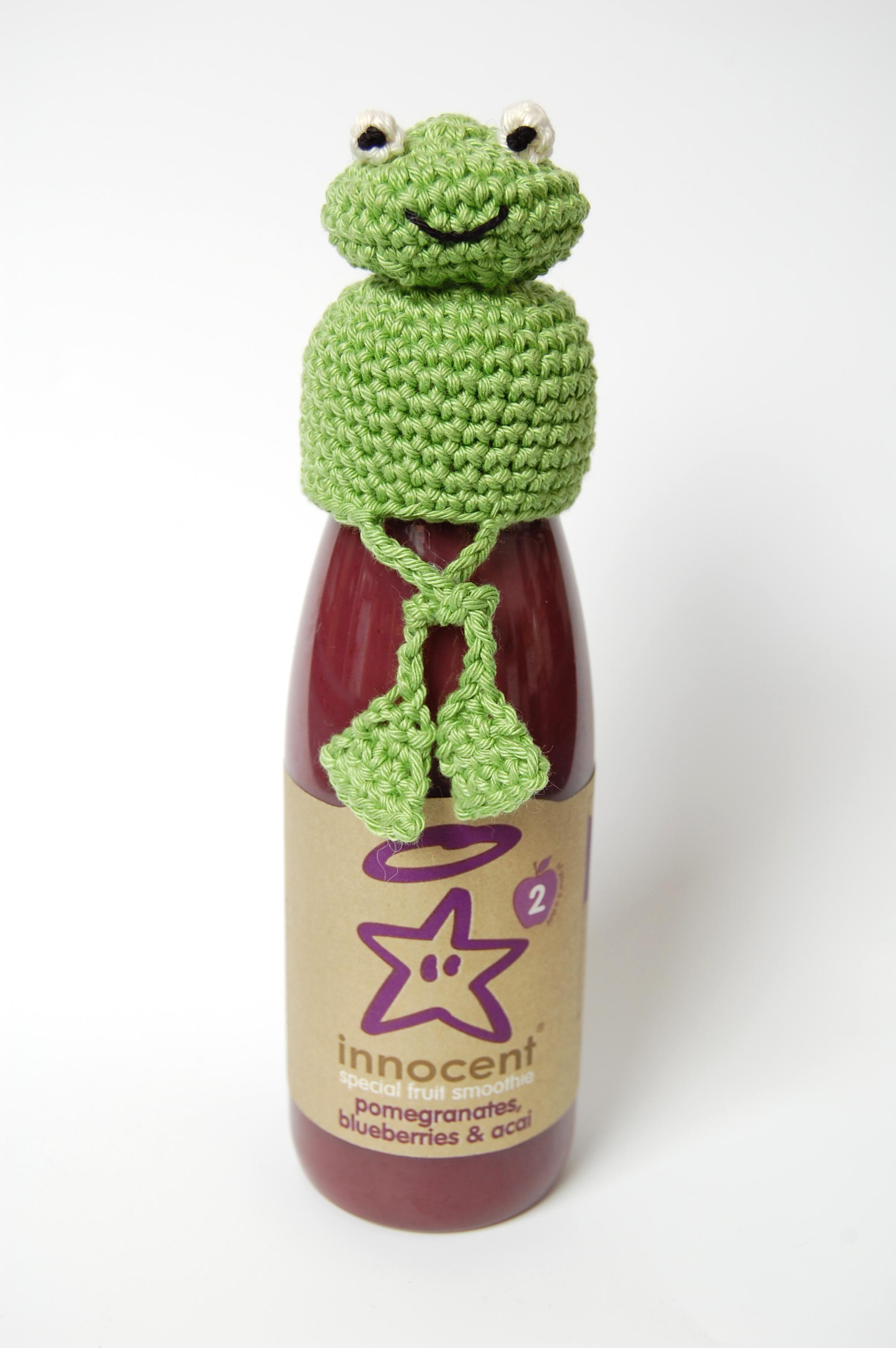 Free patterns crochet frog hat for innocent smoothie big knit 3mm crochet hook frog crochet hat crossed legs bankloansurffo Gallery
