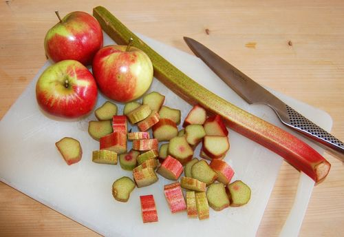Apple and rhubarb chopped